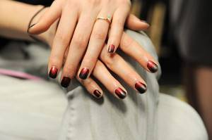 550x366xNicole-Miller-Butter-London-Nails-2014.jpg.pagespeed.ic.vxA36DlUwc