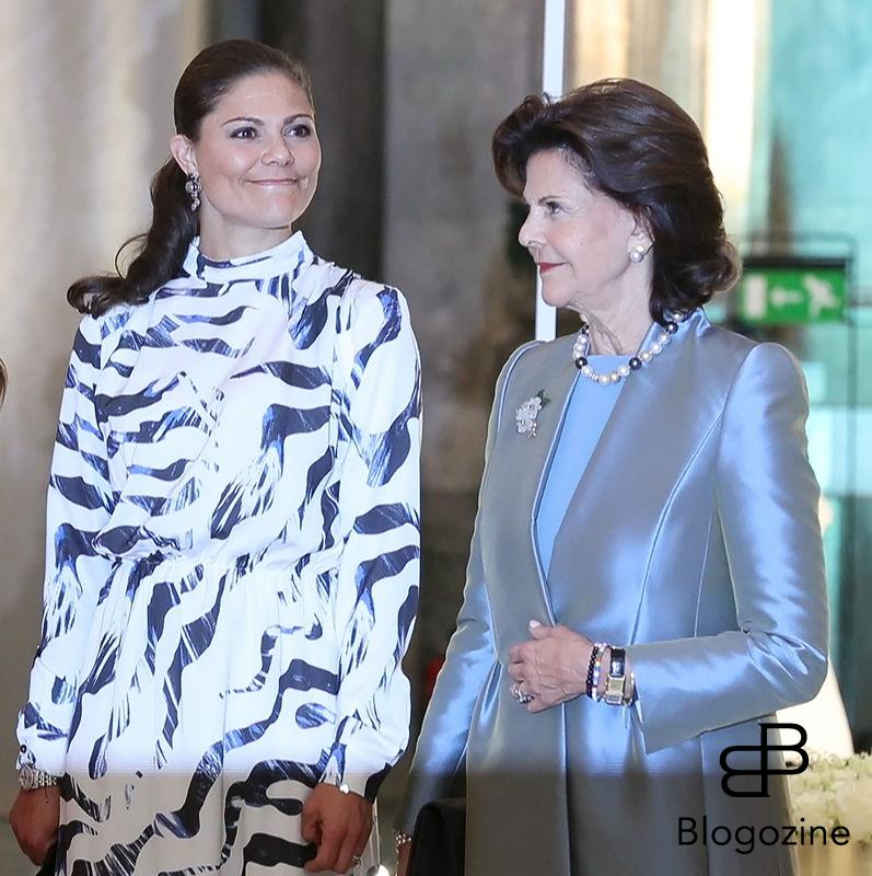 2016-10-17 Princess Sofia, Crown Princess Victoria, Queen Silvia Today inaugurated the new exhibition, Royal wedding dresses 1976-2015, at the Royal Palace in Stockholm. Pictures of the opening ceremony with the queen and all the princesses.