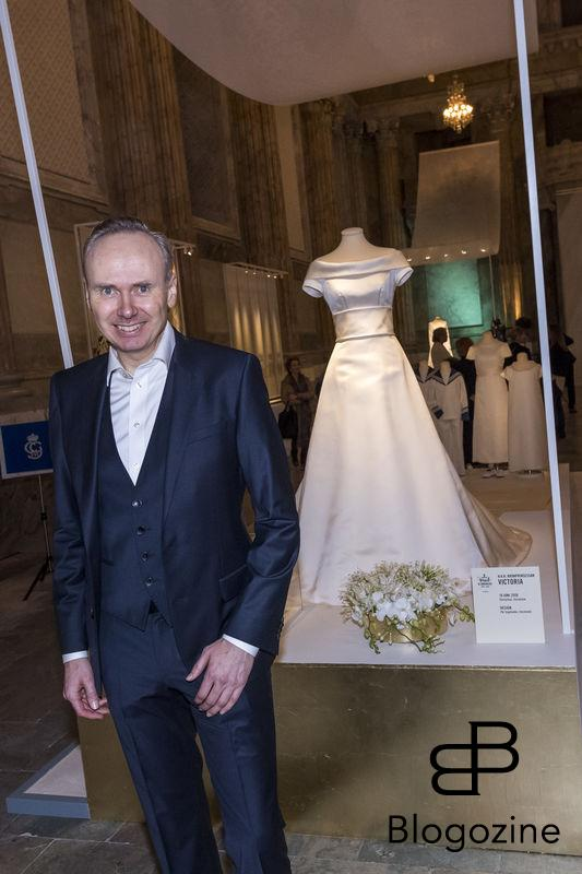 Pär Engsheden, designer of Victorias dress. Today inaugurated the new exhibition, Royal wedding dresses 1976-2015, at the Royal Palace in Stockholm. Pictures of the opening ceremony with the queen and all the princesses. - Idag invigdes den nya utställningen Kungliga brudklänningar 1976-2015 på Kungliga Slottet i Stockholm. Bilder från invigningen med drottningen och alla prinsessor. Royal Palace, Stockholm, Sweden 2016-10-17 (c) Pelle T Nilsson/Stella Pictures