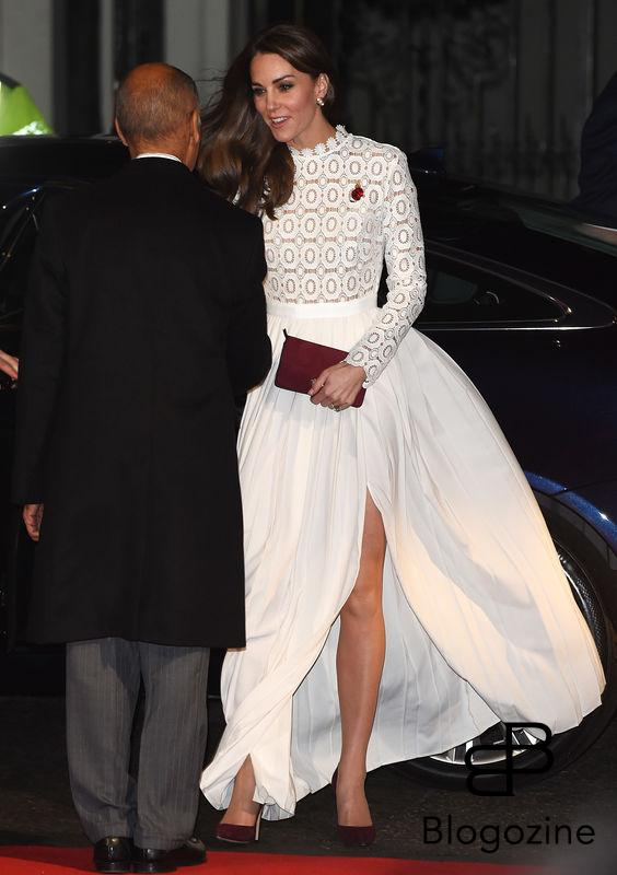 3 November 2016. A Street Cat Named Bob - UK Film Premiere held at Curzon Mayfair, 38 Curzon Street, London. Here: Catherine, The Duchess of Cambridge Credit: Justin Goff/GoffPhotos.com Ref: KGC-03