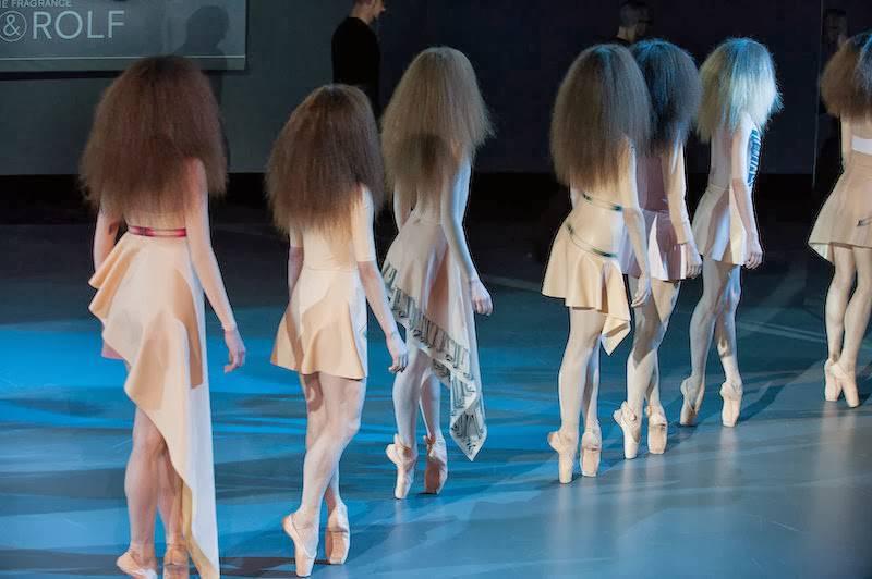 Viktor-Rolf-Haute-Couture-Spring-2014-9