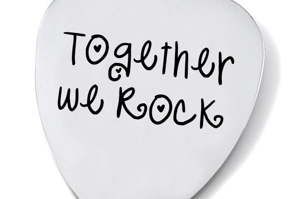 WE - WOMEN - ROCK