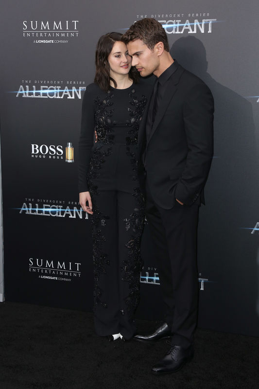 "Shailene Woodley et Theo James - Première du film ""Allegiant"" à New York le 14 mars 2016. New York premiere of 'Allegiant' at the AMC Lincoln Square Theater on March 14, 2016 in New York City."
