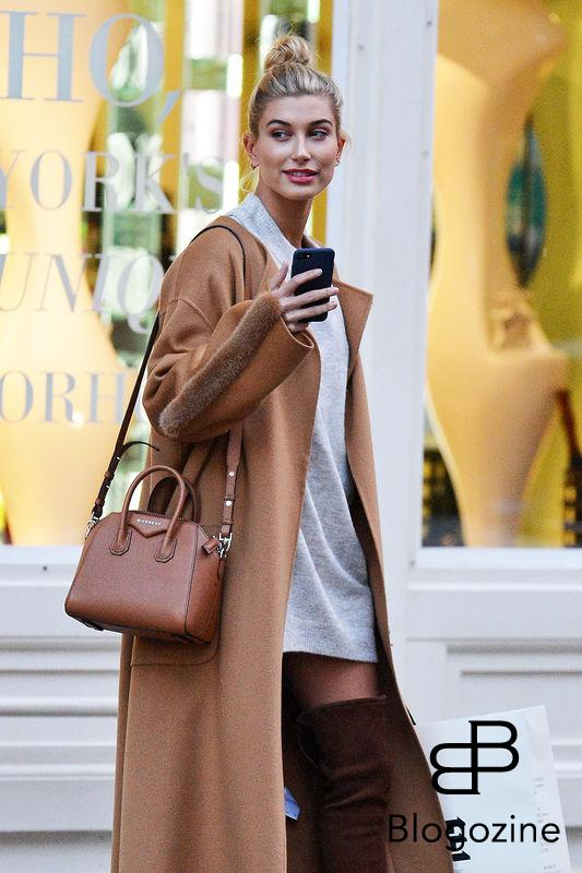 "52212750 Model Hailey Baldwin enjoys some solo shopping in New York City, New York on October 24, 2016. Hailey recently opened up about her parents' 26-year marriage saying, ""I believe in love. I see it in my parents, who are still together...I don't really plan on sticking in this industry for year upon year upon year. I want to, like, have family and settle down and live a normal life."" FameFlynet, Inc - Beverly Hills, CA, USA - +1 (310) 505-9876"