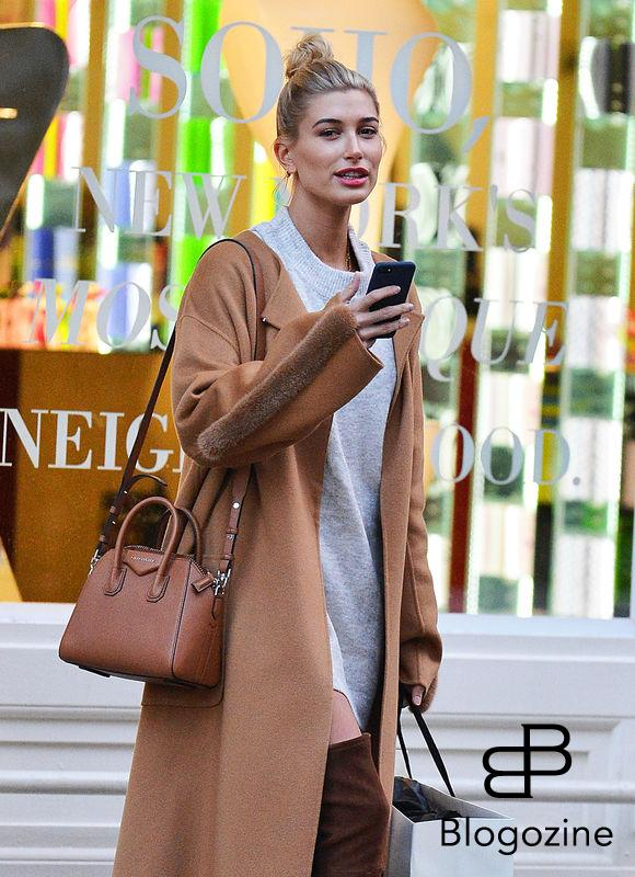 "52212748 Model Hailey Baldwin enjoys some solo shopping in New York City, New York on October 24, 2016. Hailey recently opened up about her parents' 26-year marriage saying, ""I believe in love. I see it in my parents, who are still together...I don't really plan on sticking in this industry for year upon year upon year. I want to, like, have family and settle down and live a normal life."" FameFlynet, Inc - Beverly Hills, CA, USA - +1 (310) 505-9876"