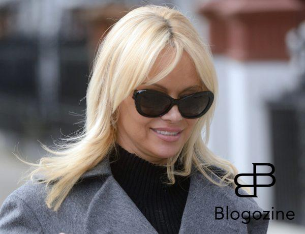 6352474 Pamela Anderson urges Prime Minister Theresa May to ban wild-animal circuses during a PETA Photocall in London, England on October 12, 2016. Photo by Aurore Marechal/ABACAPRESS.COM  COPYRIGHT STELLA PICTURES