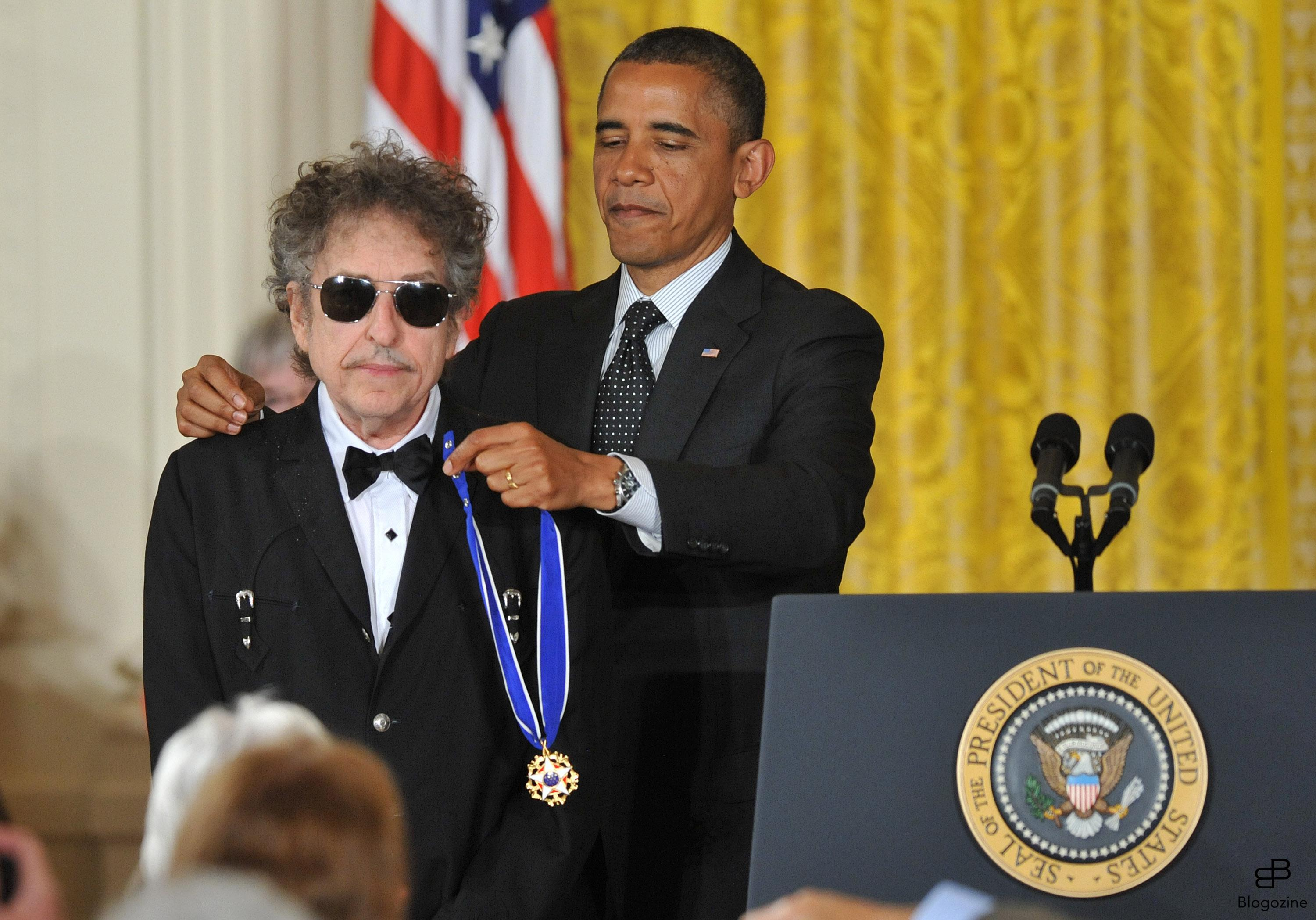 1568530 President Barack Obama awards the the Presidential Medal of Freedom to singer/songwriter Bob Dylan during a ceremony in the East Room at the White House in Washington on May 29, 2012. The Medal of Freedom is our Nation?s highest civilian honor, presented to individuals who have made especially meritorious contributions to the security or national interests of the United States, to world peace, or to cultural or other significant public or private endeavors. UPI/Kevin Dietsch Photo: KEIVN DIETSCH/UPI Code: 4056/WAP20120529301 COPYRIGHT STELLA PICTURES Photo: KEIVN DIETSCH/UPI Code: 4056/WAP20120529301 COPYRIGHT STELLA PICTURES