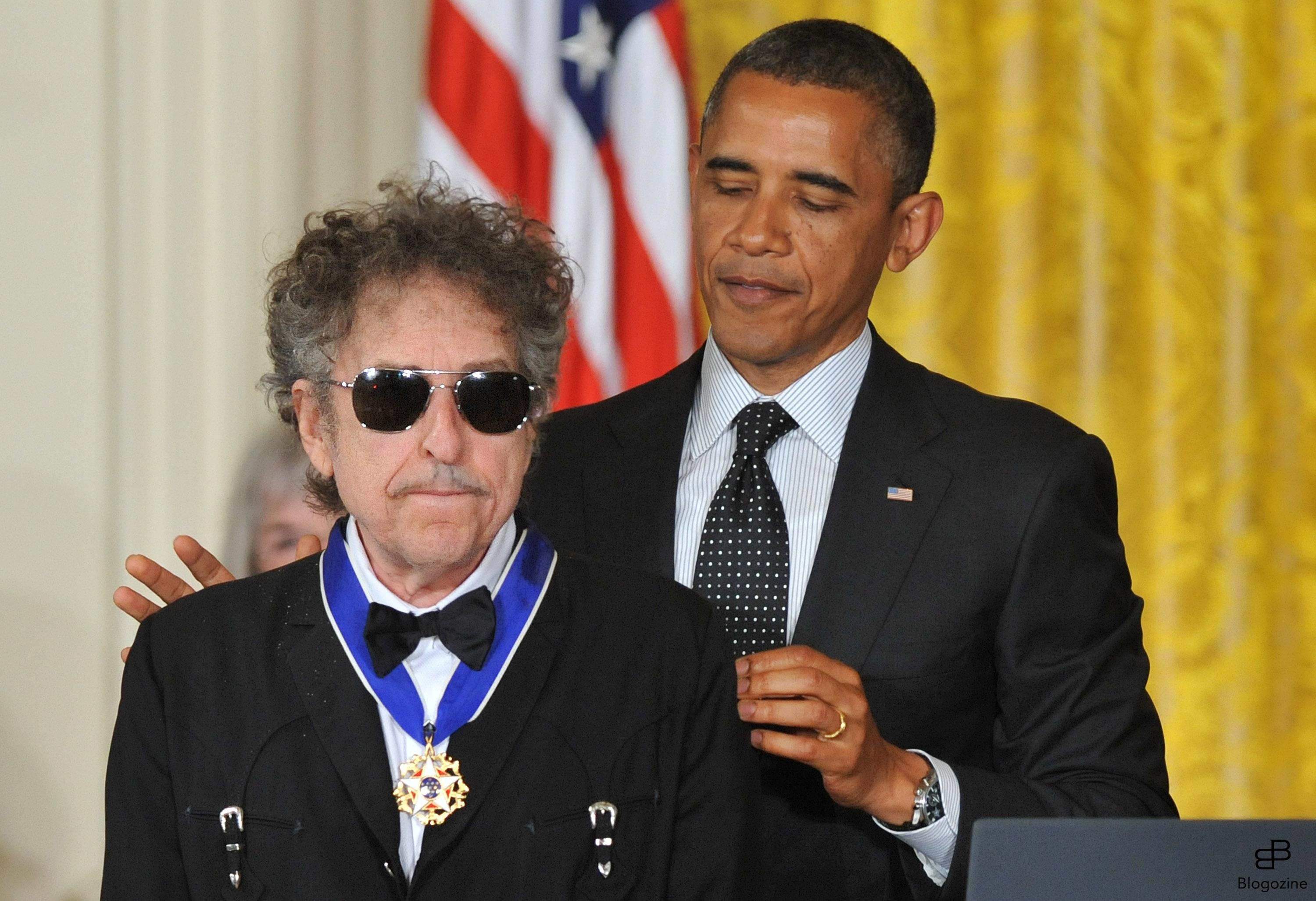 1568549 President Barack Obama awards the the Presidential Medal of Freedom to singer/songwriter Bob Dylan during a ceremony in the East Room at the White House in Washington on May 29, 2012. The Medal of Freedom is our Nation?s highest civilian honor, presented to individuals who have made especially meritorious contributions to the security or national interests of the United States, to world peace, or to cultural or other significant public or private endeavors. UPI/Kevin Dietsch Photo: KEIVN DIETSCH/UPI Code: 4056/WAP20120529303 COPYRIGHT STELLA PICTURES Photo: KEIVN DIETSCH/UPI Code: 4056/WAP20120529303 COPYRIGHT STELLA PICTURES