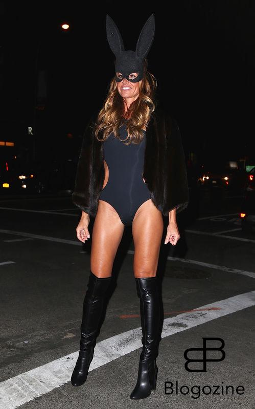 Kelly Bensimon - Les célébrités arrivent à la soirée d'Halloween de Heidi Klum au Vandal club à New York, le 31 octobre 2016 People seen arriving at Heidi Klum's Halloween party at Vandal club in New York, Amanda Seyfried out and about in New York, on October 31st 2016.