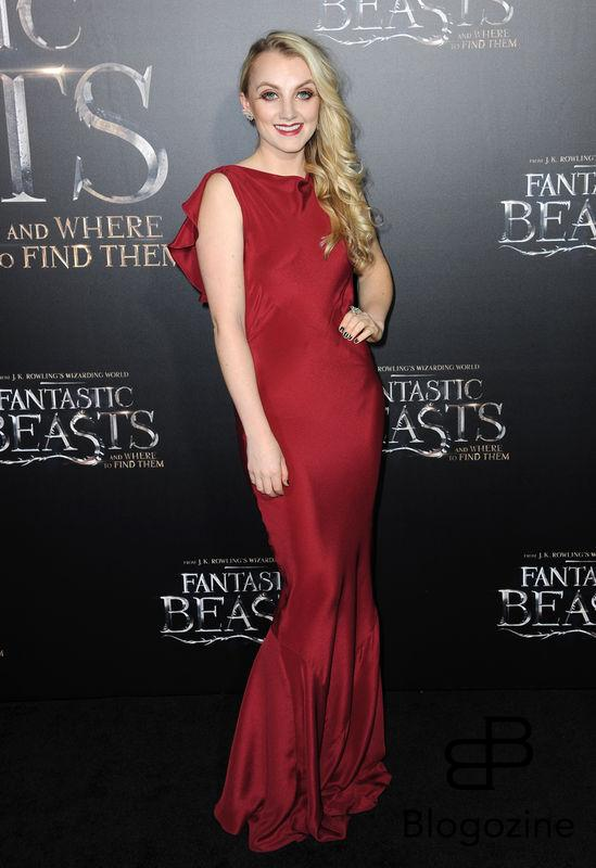 52228720 Celebrities attend the premiere of 'Fantastic Beasts' at The Chinese Theater in Hollywood, California on November 10, 2016. FameFlynet, Inc - Beverly Hills, CA, USA - +1 (310) 505-9876 RESTRICTIONS APPLY: NO FRANCE