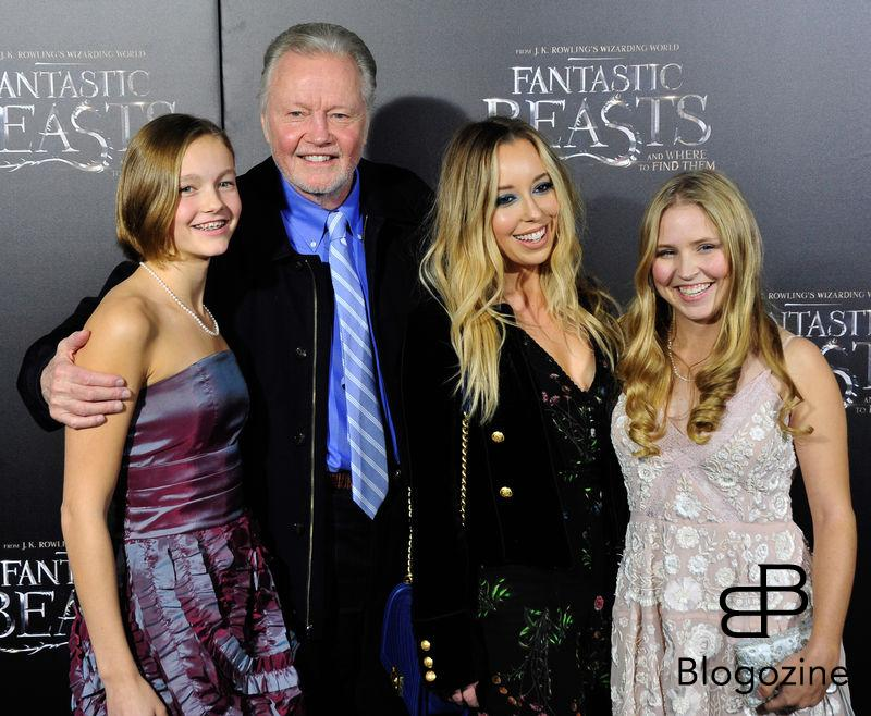 "52228351 Celebrities attend the premiere of ""Fantastic Beasts' in New York City, New York on November 10, 2016. Celebrities attend the premiere of ""Fantastic Beasts' in New York City, New York on November 10, 2016. Pictured: Jon Voight FameFlynet, Inc - Beverly Hills, CA, USA - +1 (310) 505-9876"