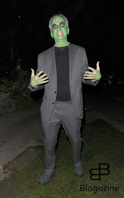 31 October 2016. Celebrities attend the annual Halloween party held at the home of Jonathan Ross. Pictured, Frank Skinner Credit: Will/CK/GoffPhotos.com Ref: KGC-172/305