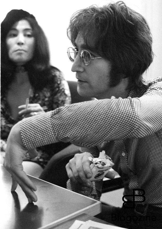 John Lennon and Yoko Ono photographed at Apple Records office in Saville Row, London in 1971. © Michael Putland / Retna/Photoshot. Credit all Uses *Unbylined uses will incur an additional discretionary fee!* * Higher Rates Apply * 9th November 1966 - John Lennon and Yoko Ono meet for the first time at her exhibition at the Indica Gallery in London. Lennon remembered the date of their meeting as the 9th but many Beatles historians contend that it actually happened on the 7th, the day before the exhibition opened.