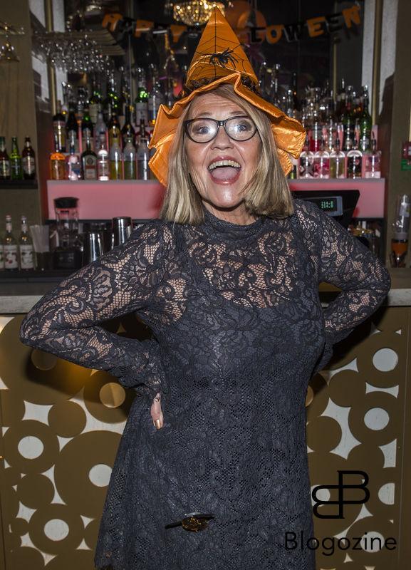 2016-11-02 Halloweenfest på Golden Hits. På Bilden: Carina Lidbom COPYRIGHT STELLA PICTURES