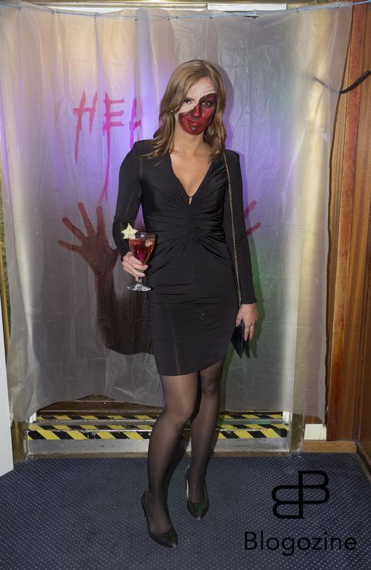 2016-11-04 Halloweenfest. Inbjudan Johan Carlen. På Bilden: Sara Skyttedal COPYRIGHT STELLA PICTURES