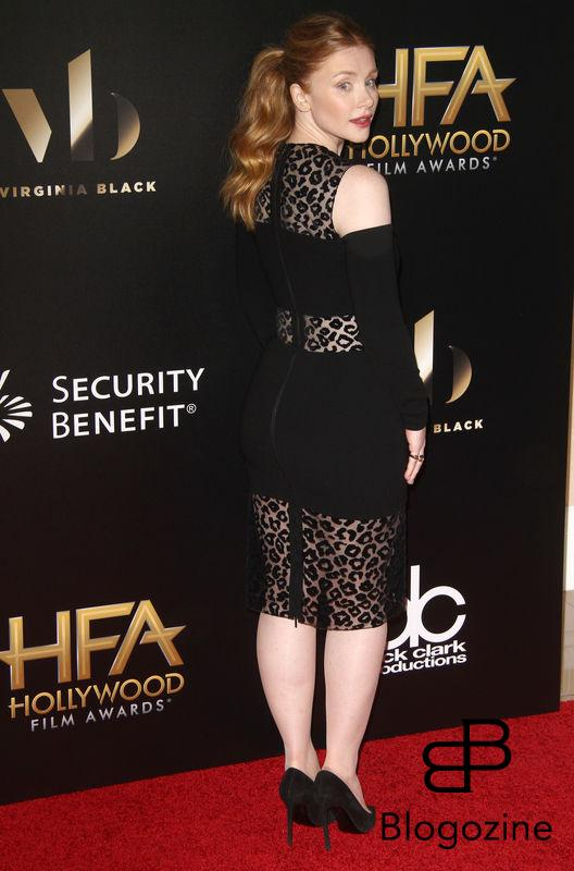 52224902 The 20th Annual Hollywood Film Awards held at The Beverly Hilton Hotel in Beverly Hills, California on 11/6/16.  The 20th Annual Hollywood Film Awards held at The Beverly Hilton Hotel in Beverly Hills, California on 11/6/16. Bryce Dallas Howard FameFlynet, Inc - Beverly Hills, CA, USA - +1 (310) 505-9876
